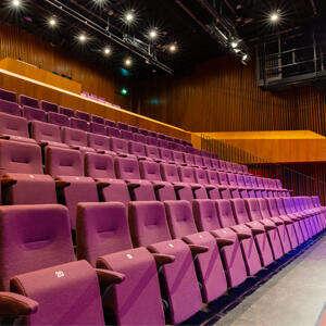 MIMIK X IAMAUREEN - theaterzaal1